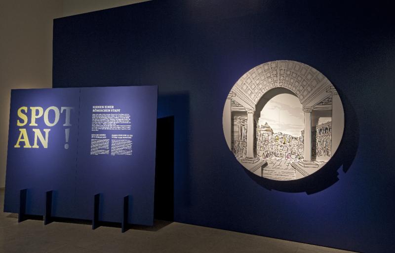 """Eingang zur Ausstellung """"Spot an!"""" (Foto Th. Zühmer RLM)"""