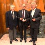 Die Träger der Frontinus-Medaille Ünal Özis (2014) Gilbert Wiplinger (2016) und Dr. Hubertus Manderscheid (2018) am Festabend der Frontinus-Tagung am 17.11.2018 in Rom